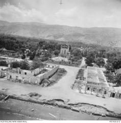 Dili from the air 1946.jpg