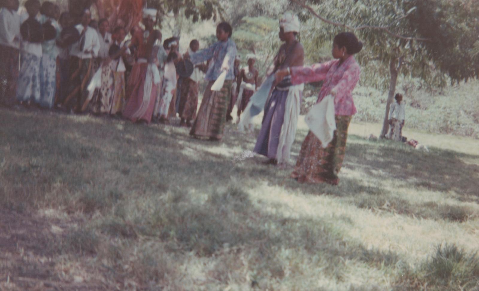 Timorese dancers.jpg