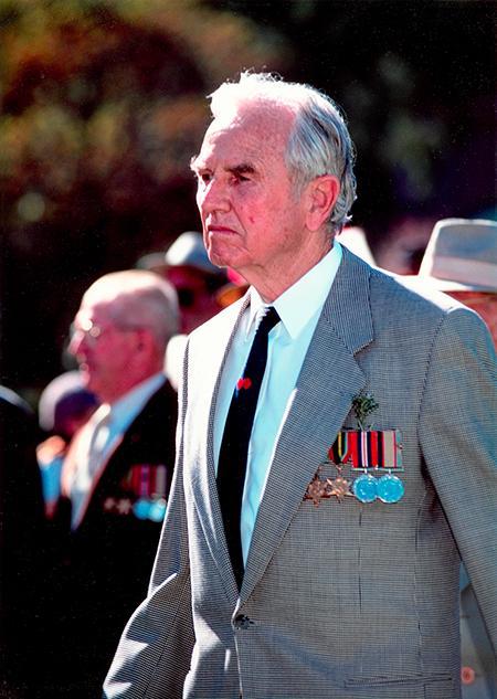 Robert N Smyth - ANZAC DAY PERTH 1998.jpg